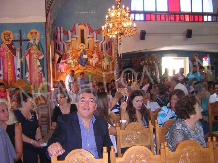 Ο Τάκης Μαρινάκος, πρόεδρος του Λιμενικού Ταμείου Βόχας, χαμογελά στο φακό!