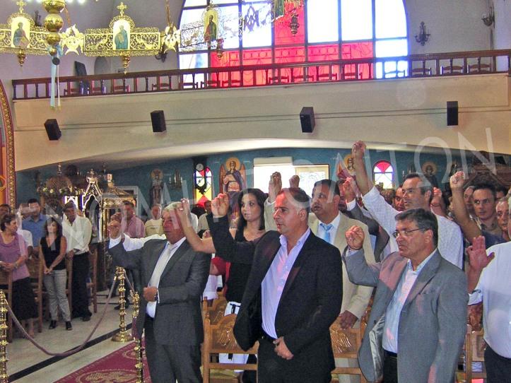 Μαζί με το δήμαρχο ορκίζονται και οι δημοτικοί σύμβουλοι, αλλά και οι σύμβουλοι δημοτικών και τοπικών κοινοτήτων