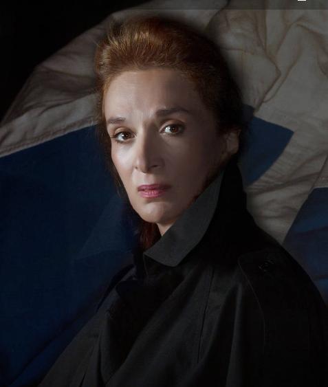 Η ηθοποιός Μαίρη Βιδάλη ως Λέλα  Καραγιάννη