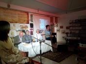 Η Σούλα Μπιτσάκου, η οποία μαζί με τον Αλέξη Καλλίρη εμπνεύστηκαν και διοργάνωσαν το όλο αφιέρωμα, κλείνει την εκδήλωση.