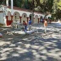 Παναγία Γιουρούτσι: Δημιουργείται μια όαση ομορφιάς στο ιστορικό εκκλησάκι!